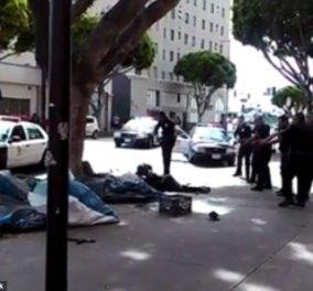 Σκηνές τρόμου στις ΗΠΑ - Αστυνομικοί άνοιξαν πυρ και σκότωσαν άστεγο στο Λος Άντζελες! (σκληρές εικόνες)  - Κυρίως Φωτογραφία - Gallery - Video
