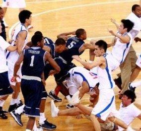 Σκηνές σοκ - Έγινε του Τσάκι Τσαν: Τρομερό ξύλο στο Κινέζικο πρωτάθλημα μπάσκετ! (βίντεο)  - Κυρίως Φωτογραφία - Gallery - Video