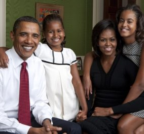 Αυτό είναι το επίσημο Πασχαλινό πορτραίτο της οικογένειας Ομπάμα - Ποιοι είναι ο Sunny & ο Bo μαζί τους; - Κυρίως Φωτογραφία - Gallery - Video