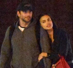 Eπιτέλους! Τα πρώτα δημόσια φιλιά του Bradley Cooper & της Ιρίνας Σάικ - τους τσακώσαμε να αγαπιούνται - Κυρίως Φωτογραφία - Gallery - Video