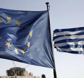 NYT: Χρεοκοπία και έξοδος από το ευρώ ή χρεοκοπία εντός της ευρωζώνης - Κυρίως Φωτογραφία - Gallery - Video