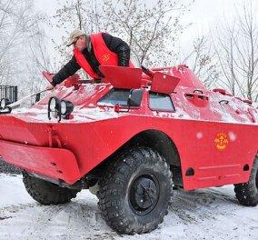 Ένα τεθωρακισμένο που είναι....ταξί: Κυκλοφορεί σε δρόμο της Αγίας Πετρούπολης! - Κυρίως Φωτογραφία - Gallery - Video