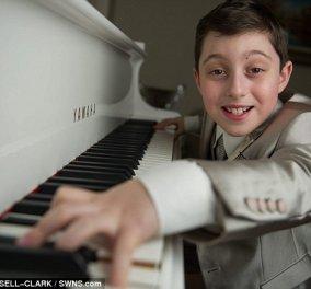 Story: Η εκπληκτική ιστορία του Έλτον Κέρτις - Ο 11χρονος που πήρε πτυχίο πανεπιστημίου παρά το νεαρό της ηλικίας του - Κυρίως Φωτογραφία - Gallery - Video