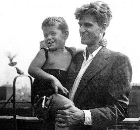 Ποιος είναι ο μπόμπιρας - διάσημος ηθοποιός; Τον κρατά ο μπαμπάς του που έκρυβε ότι ήταν ομοφυλόφιλος μια ολόκληρη ζωή! (φωτό) - Κυρίως Φωτογραφία - Gallery - Video