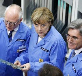 Στη Siemens - εργοστάσιο του μέλλοντος η Μέρκελ με γαλάζια ρόμπα & καμάρι για την καλύτερη βιομηχανία της! (φωτό)  - Κυρίως Φωτογραφία - Gallery - Video