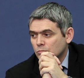 Νίκος Καραγκούνης - Εκ.Τύπου Ν.Δ: ''Ο πιο επικίνδυνος και ανεύθυνος πρωθυπουργός που γνώρισε η χώρα'' - Κυρίως Φωτογραφία - Gallery - Video