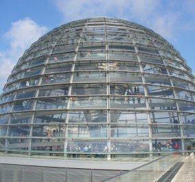 Live τώρα: Όλη η συζήτηση στην Bundestag - Γκίζι: ''Κύριε Σόιμπλε, λυπάμαι, αλλά ετοιμάζεστε να καταστρέψετε την ευρωπαϊκή ιδέα'' - Κυρίως Φωτογραφία - Gallery - Video
