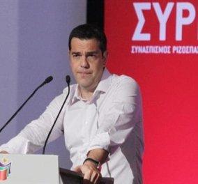Όλη η ΚΟ ΣΥΡΙΖΑ λεπτό προς λεπτό: Δεκτή η πρόταση Τσίπρα - Σε έκτακτο συνέδριο το Σεπτέμβριο – Απορρίφτηκε του Λαφαζανη για το διαρκές - Κυρίως Φωτογραφία - Gallery - Video