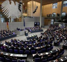 Βουλευτής της Μέρκελ παραιτήθηκε λόγω Ελλάδας - Καταψήφισε και τα προηγούμενα πακέτα βοήθειας    - Κυρίως Φωτογραφία - Gallery - Video