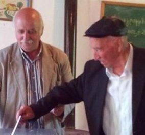 Καρδιτσιώτης παππούς 105 ετών ψήφισε για 6η φορά σε δημοψήφισμα - Κυρίως Φωτογραφία - Gallery - Video