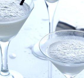 Ένα Καλοκαιρινό και δροσιστικό cocktail με γάλα καρύδας ή coconut crème από τον Άκη Πετρετζίκη - Κυρίως Φωτογραφία - Gallery - Video