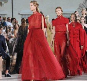 Valentino 2016 : Έμπνευση η αιώνια πόλη η Ρώμη & φουστάνια - υπερπαραγωγή ! Μοιάζουν με κοστούμια ταινίας  - Κυρίως Φωτογραφία - Gallery - Video