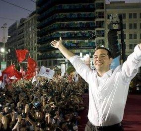 Γιώργος Δελαστίκ: Υπέκυψε η κυβέρνηση δυστυχώς - ''Έσπασε'' ο Α. Τσίπρας: Νίκησε το ''ΝΑΙ'' - Κυρίως Φωτογραφία - Gallery - Video