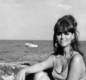 Vintage beauty pic: Όταν η Κλαούντια Καρντινάλε το καλοκαίρι του 1963 ακουμπούσε  τις ποδάρες της στα βράχια - Κυρίως Φωτογραφία - Gallery - Video