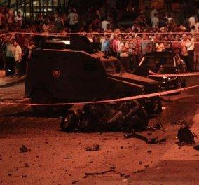 Νέος κύκλος βίας με 8 νεκρούς στην Τουρκία - Επιθέσεις στο Προξενείο των ΗΠΑ & σε αστυνομικό τμήμα    - Κυρίως Φωτογραφία - Gallery - Video