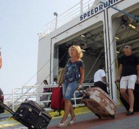 Η μεγάλη... επιστροφή των εκδρομέων άρχισε - Αυξημένη η κίνηση στα λιμάνια  - Κυρίως Φωτογραφία - Gallery - Video
