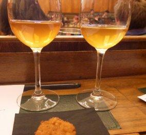 Πορτοκαλί κρασί: Η νέα μόδα που κατακτά με το μεθυστικό άρωμα & το ξεχωριστό του χρώμα  - Κυρίως Φωτογραφία - Gallery - Video