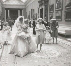 Αδημοσίευτες φωτογραφίες κάποιου συγγενή από το γάμο της Νταϊάνας με τον Κάρολο (30 χρόνια μετά φωτό)  - Κυρίως Φωτογραφία - Gallery - Video