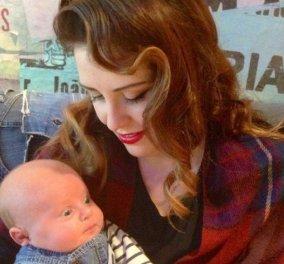 Story: Μητέρα ''έβαψε'' με σπρέι μαυρίσματος το μωρό της - Ψεκάστηκε λίγο πριν το θηλάσει  - Κυρίως Φωτογραφία - Gallery - Video