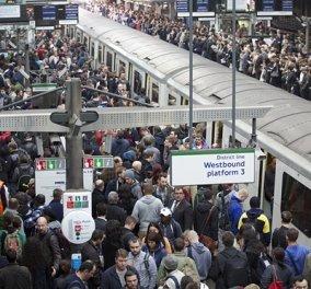 """""""Εμφραγμα"""" & κυκλοφοριακό χάος στο Λονδίνο από την απεργία στο μετρό - Tι ζητούν οι εργαζόμενοι - Κυρίως Φωτογραφία - Gallery - Video"""