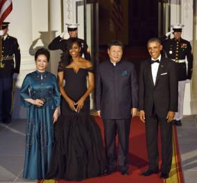 Οι 9 καλύτερες εμφανίσεις της Μισέλ Ομπάμα σε επίσημα δείπνα με αρχηγούς κρατών - Πρωτοσέλιδο στους NYT      - Κυρίως Φωτογραφία - Gallery - Video