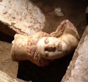 Επίσημο: Στον Ηφαιστίωνα αφιερωμένος από τον Μέγα Αλέξανδρο ο τάφος της Αμφίβολης - Αποκαλύψεις της Περιστέρη  - Κυρίως Φωτογραφία - Gallery - Video