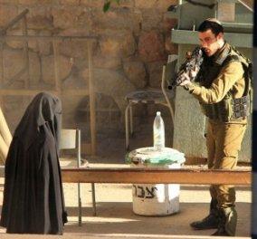 Πάγωσε ο πλανήτης με αυτή την σκηνή: Ισραηλινός στρατιώτης εκτελεί εν ψυχρώ 19χρονη Παλαιστίνια - Κυρίως Φωτογραφία - Gallery - Video