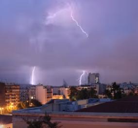 Βίντεο: Καρέ - καρέ η καταιγίδα πάνω από την Αθήνα - Σίγουρα θα εντυπωσιαστείτε!  - Κυρίως Φωτογραφία - Gallery - Video
