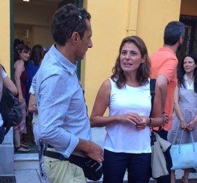 Πρώτη μέρα στο σχολείο για τον Φοίβο - Παύλο Τσίπρα: Σικάτη & κομψή η Μπέτυ στον Αγιασμό (Φωτό) - Κυρίως Φωτογραφία - Gallery - Video