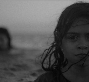 Θάλασσα: Διασκέδαση ή θάνατος; Οι 2 όψεις του ίδιου νομίσματος στο συγκλονιστικό βίντεο του ΟΗΕ για τους πρόσφυγες - Κυρίως Φωτογραφία - Gallery - Video