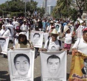 Τον πρόεδρο του Μεξικό αγγίζει το σκάνδαλο των 43 εξαφανισμένων φοιτητών - Τι καταλογίζουν οι περίλυποι γονείς  - Κυρίως Φωτογραφία - Gallery - Video