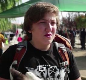 Βίντεο: Συγκίνηση προκαλεί 17χρονος πρόσφυγας που ταξίδευε παρέα με τον σκύλο του- Έγινε πηγή έμπνευσης & για άλλους   - Κυρίως Φωτογραφία - Gallery - Video