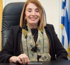 Τασία Χριστοδουλοπούλου: Τα νησιά πλούτισαν από τους πρόσφυγες! - Κυρίως Φωτογραφία - Gallery - Video