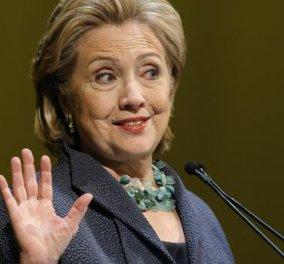 To βιβλίο που ''καίει'' την Χίλαρι Κλίντον: Πετούσε τασάκια και βιβλία στο κεφάλι του Μπιλ; - Κυρίως Φωτογραφία - Gallery - Video