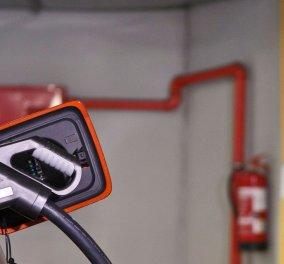 Δύο νέοι σταθμοί ταχείας φόρτισης ηλεκτρικών αυτοκινήτων εγκαινιάστηκαν στην Αθήνα - Κυρίως Φωτογραφία - Gallery - Video
