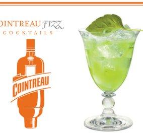 Η Ντίνα Νικολάου προτείνει ποτό για το τέλος της ημέρας: Cointreau Fizz Cucumber & Basil!   - Κυρίως Φωτογραφία - Gallery - Video