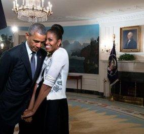 23 χρόνια γάμου για την Μισέλ (Ρόμπινσον) & τον Μπαράκ Ομπάμα- πως γιόρτασαν την επέτειο τους; - Κυρίως Φωτογραφία - Gallery - Video