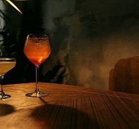 8 φρέσκα μπαράκια στις γειτονιές της Αθήνας: Wine bars, hip cocktails, απολαυστικά brunch και ρετρό café bar  - Κυρίως Φωτογραφία - Gallery - Video