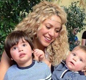 H Shakira αγκαλιά με τους «γκουρού» της ζωής της - Toν 2χρονο Milan & τον 10 μηνών Sasha - Κυρίως Φωτογραφία - Gallery - Video