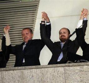 Θρίαμβος Ερντογάν στις εκλογές της Τουρκίας: Iσχυρή αυτοδυναμία για το Κόμμα Δικαιοσύνης και Ανάπτυξης  - Κυρίως Φωτογραφία - Gallery - Video