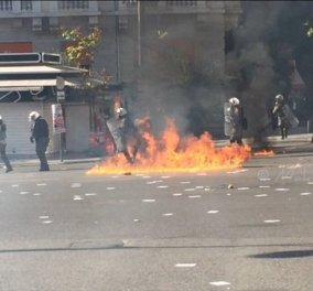 Μολότοφ, δακρυγόνα & κρότου λάμψη στο συλλαλητήριο του κέντρου: Ολοκληρώθηκε η πορεία κατά της λιτότητας - Κυρίως Φωτογραφία - Gallery - Video