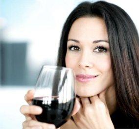 Το ποτό με μέτρο μπορεί να μας κάνει πιο ελκυστικούς λένε οι επιστήμονες - Δείτε γιατί!     - Κυρίως Φωτογραφία - Gallery - Video