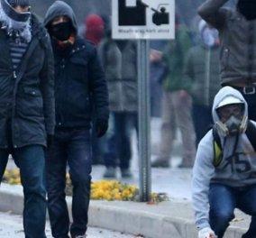Τουρκία: Συγκρούσεις μεταξύ αστυνομικών και φιλοκούρδων διαδηλωτών στην Άγκυρα - Κυρίως Φωτογραφία - Gallery - Video