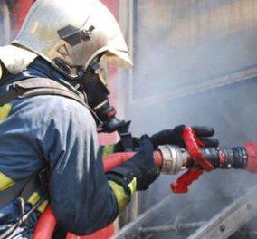Τραγωδία στου Ζωγράφου: Ενας νεκρός και δύο τραυματίες από φωτιά σε διαμέρισμα χωρίς ρεύμα - Κυρίως Φωτογραφία - Gallery - Video