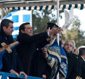 Θεοφάνεια: Όλοι στην Αθήνα και ο Μητροπολίτης Πειραιά... χώρια - Γύρισαν την πλάτη στον Σεραφείμ Παυλόπουλος και Τσίπρας! - Κυρίως Φωτογραφία - Gallery - Video