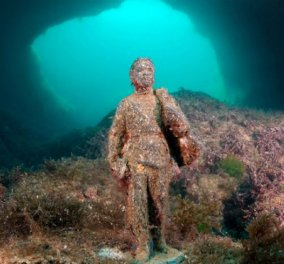 Ανατριχίλα προκαλεί η επίσκεψη στο βυθό του μουσείου με τα αγάλματα - φαντάσματα - Φώτο & βίντεο - Κυρίως Φωτογραφία - Gallery - Video