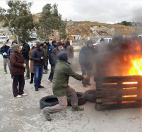 Νέα ένταση στην Κω για τα hot spots- Φωτιές και οδοφράγματα στο χωριό Πυλί - Κυρίως Φωτογραφία - Gallery - Video
