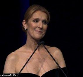 Σ'αγαπώ Ρενέ: Ένα ακόμα συγκινητικό αντίο της Celine Dion με δυσανάλογο έξωμο στράπλες για την περίσταση - Κυρίως Φωτογραφία - Gallery - Video