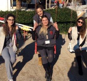 Mυτιλήνη Αποστολή: Πώς η Καθολική Εκκλησία φροντίζει τους μουσουλμάνους πρόσφυγες δωρεάν με 4 γυναίκες - Αγγέλους της  - Κυρίως Φωτογραφία - Gallery - Video