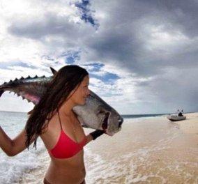 Τοp Woman 35χρονη Χαβανέζα: Σκοτώνει χταπόδι με τα δόντια- κρατάει την αναπνοή της 5 λεπτά - Κυνηγάει με δόρυ και μαχαίρι  - Κυρίως Φωτογραφία - Gallery - Video